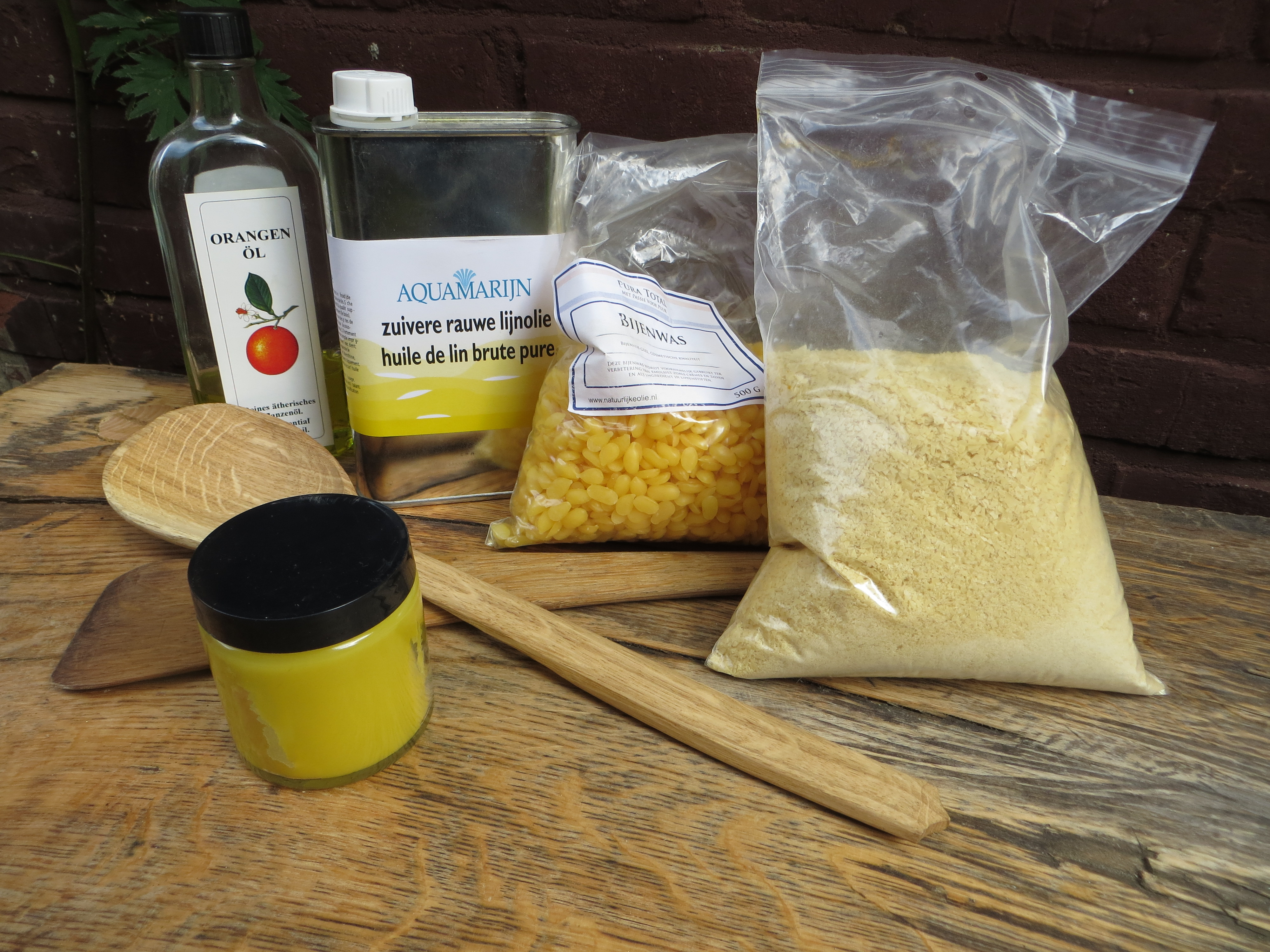 Food safe wax for spoons and suchLivius Crafts | Livius Crafts